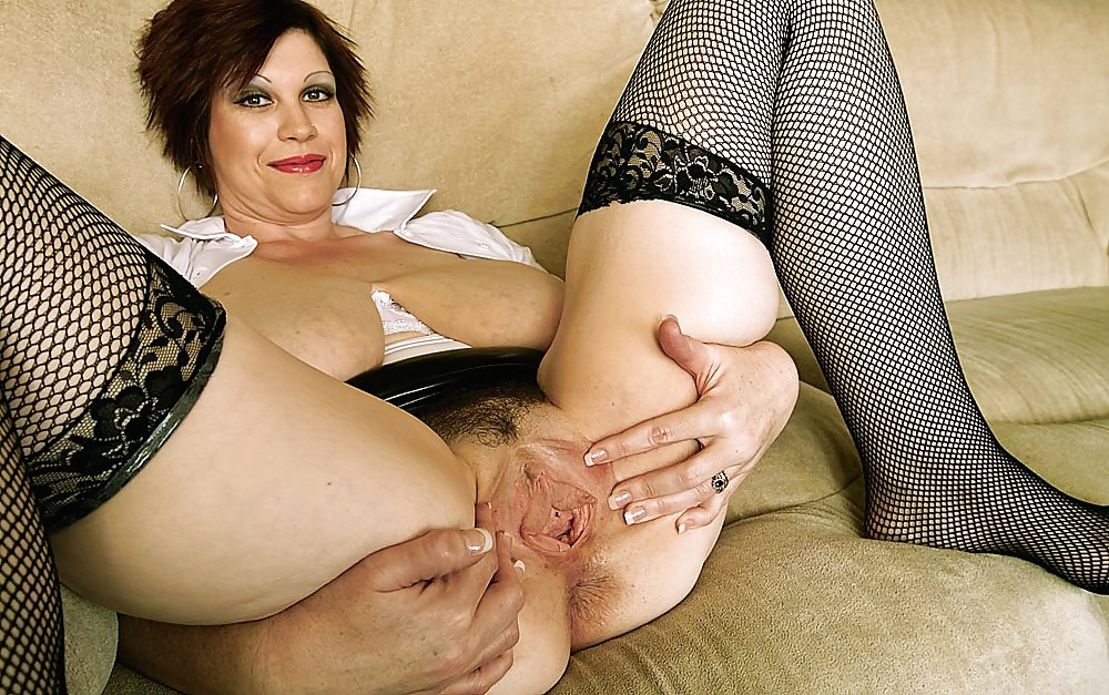 Blonde mature picture pussy