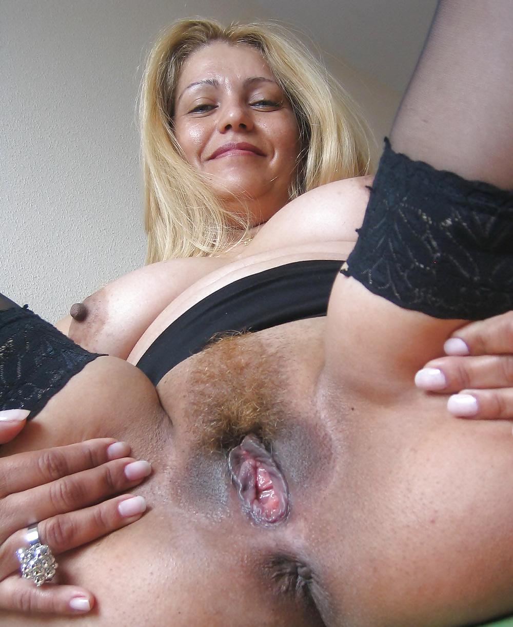 Фото порно выпуклых зрелых пизд