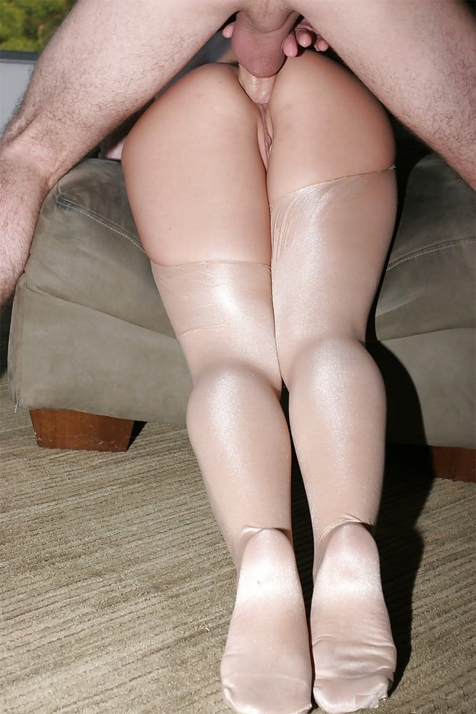 tights-ass-up-anal