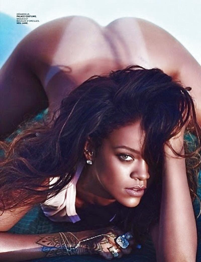 Fakes rihanna nude Rihanna :