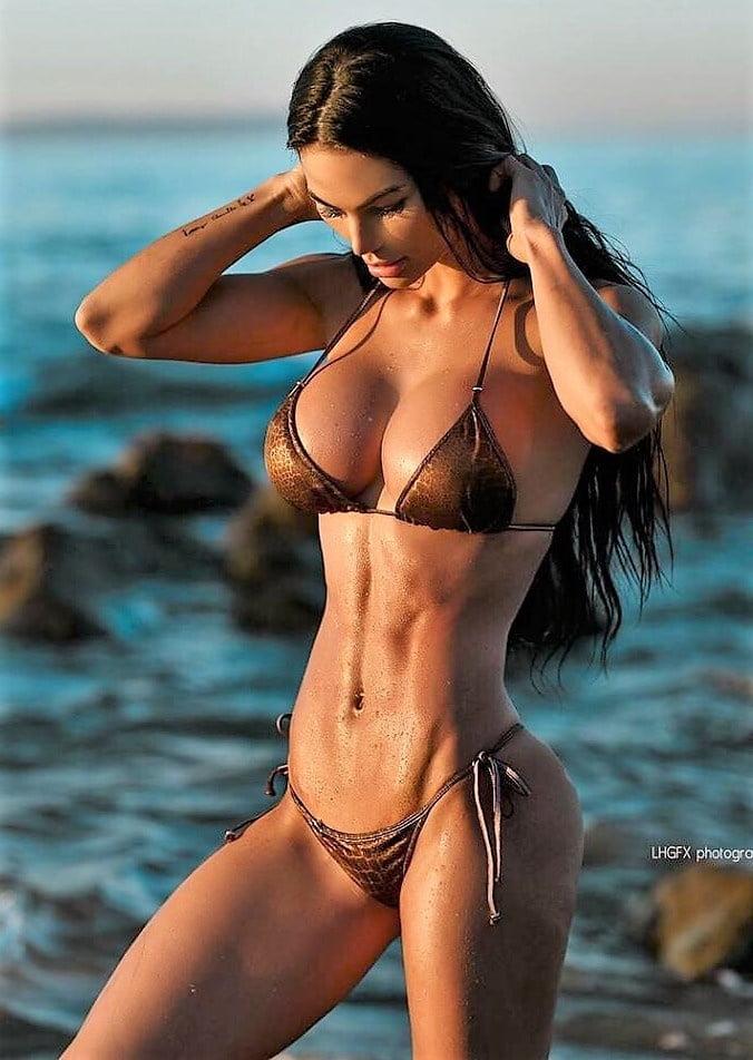 Katelyn runck nude