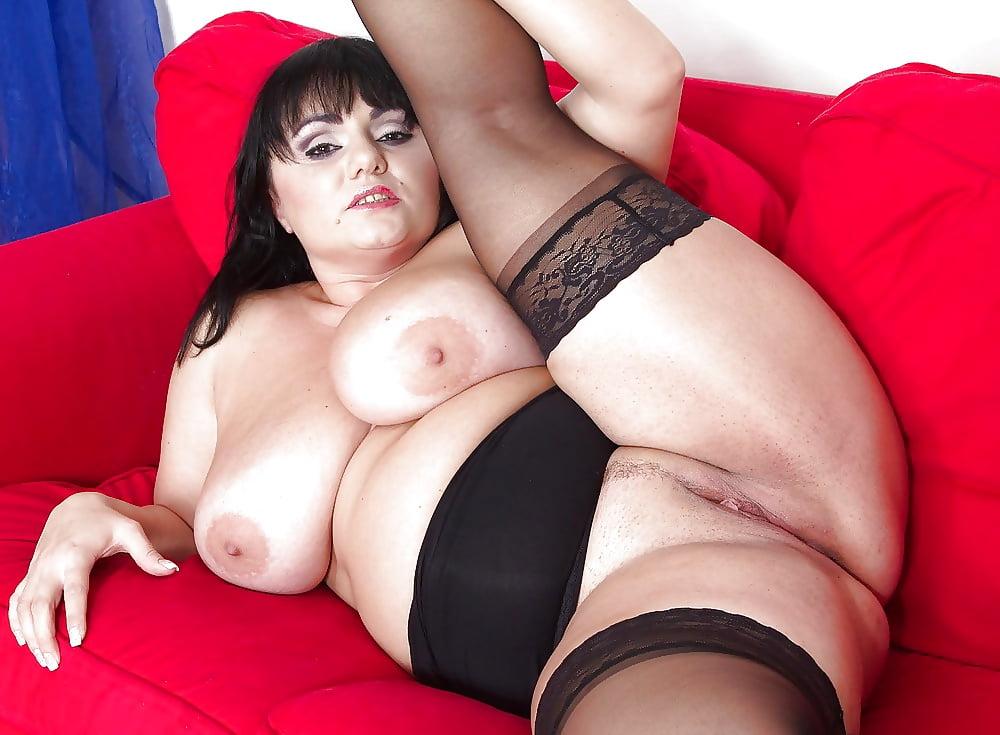 Short plump nude pics