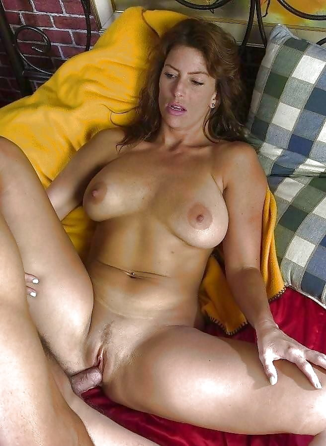 Horny housewives butts latina sex amateur