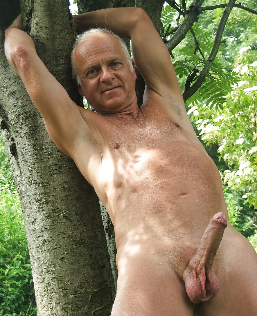 Old horny naked men — pic 10