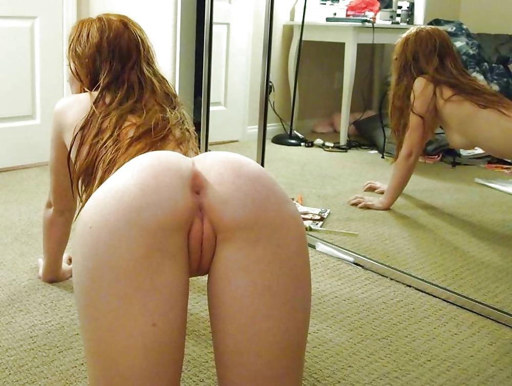 Woman bent over naked — photo 8