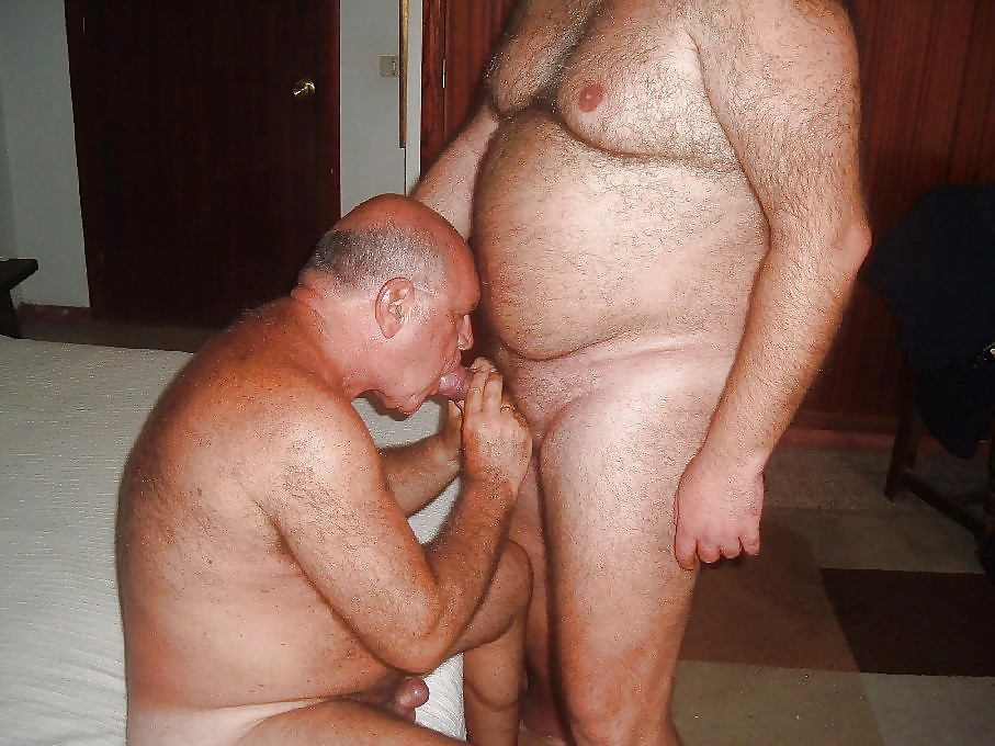 bisexual-man-sucking-old-naked-men-pics-girl-strip-clubs-los-angeles