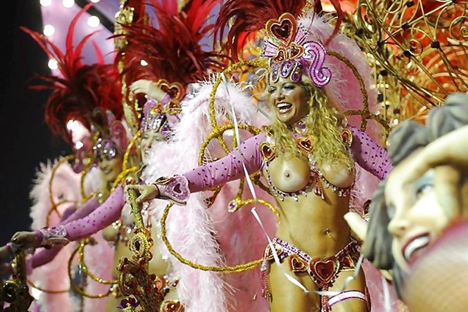 Оргия карнавал в рио-де-жанейро горничная лезбиянки самые