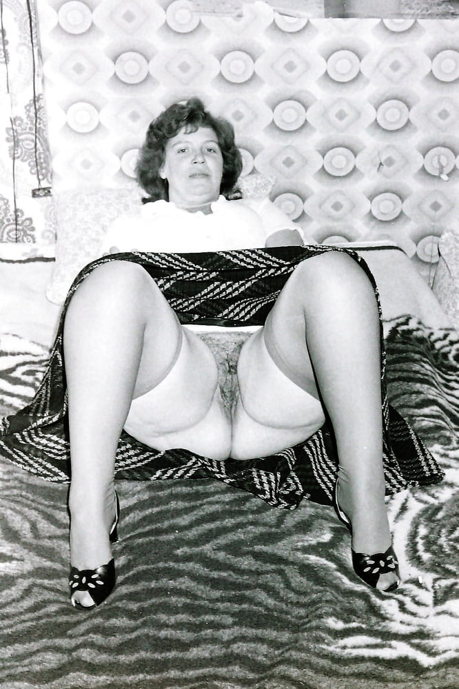 Black granny porn pics, naked black girls pictures