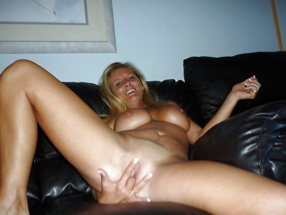 Milf lesbian stockings