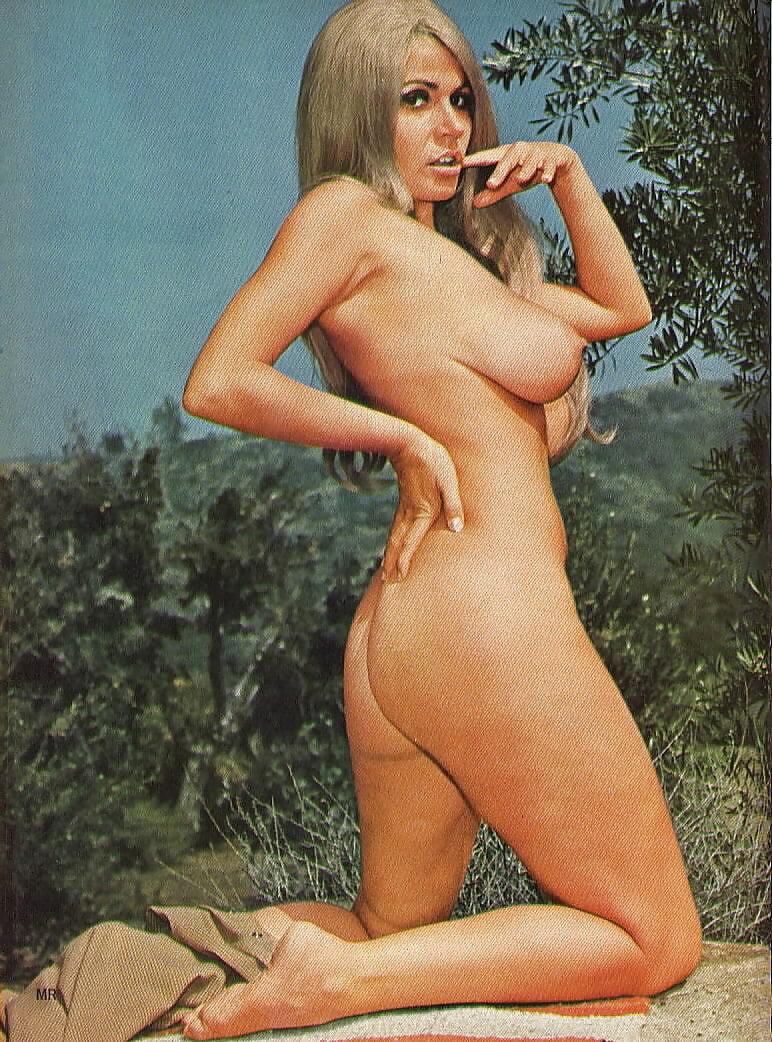 Boobs Ushi Degard Nude Gif