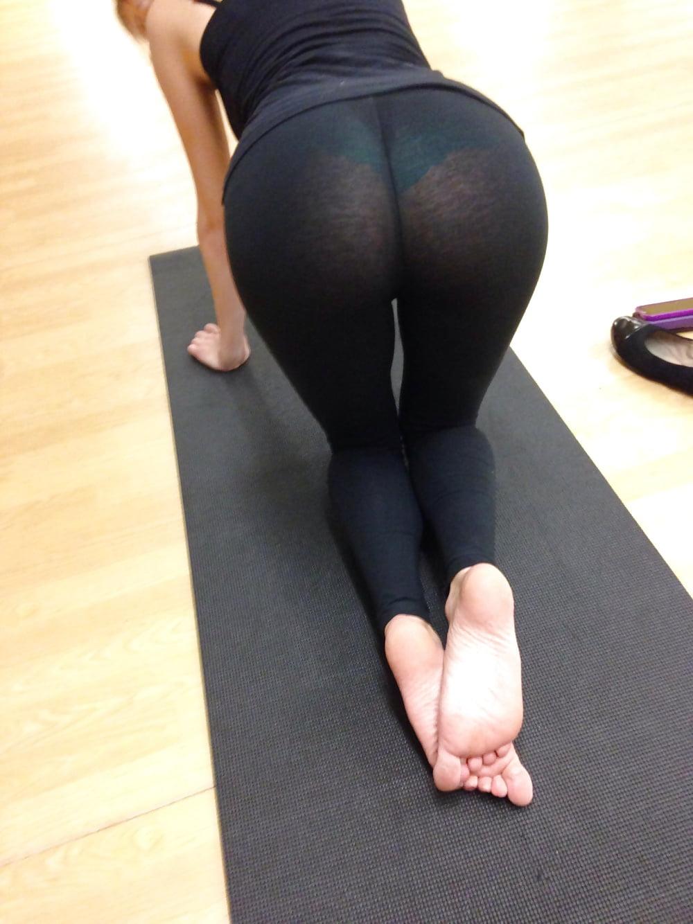 naked-see-thru-yoga-pants