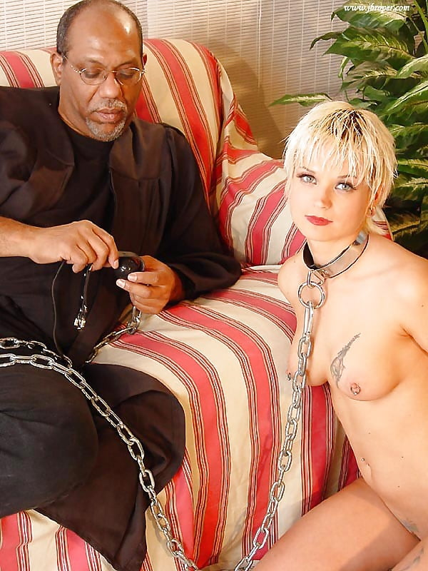 Hairy pussy blackmaster owned white couples
