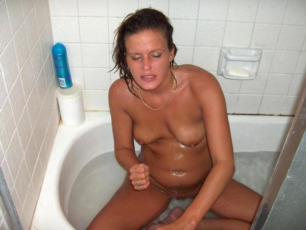 Porn girl caught naked, sigourney weaver xvideos