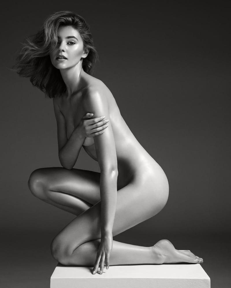 Giesinger nudes stefanie Stefanie Giesinger