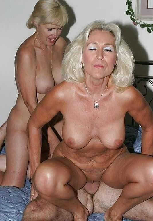 Naked men porn pics