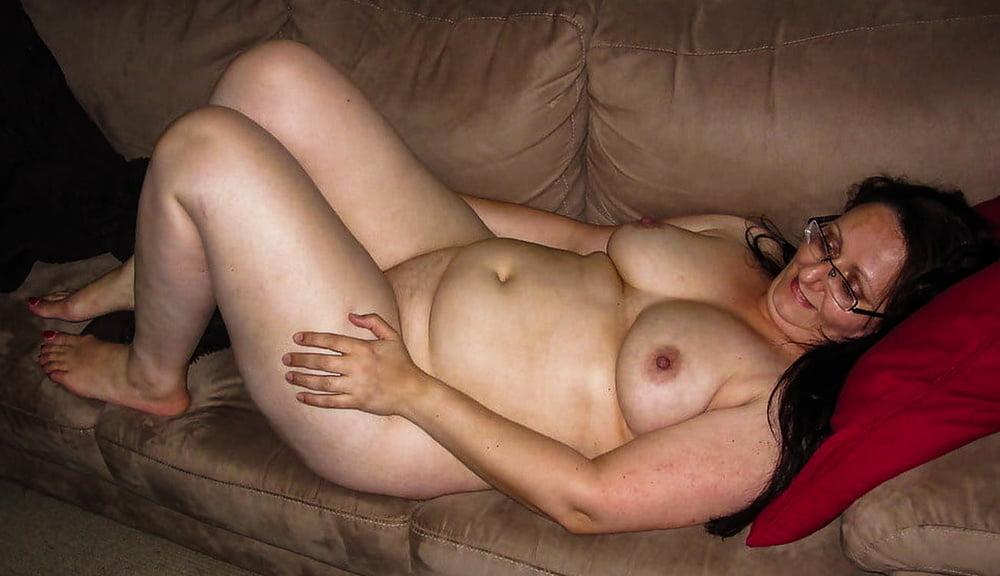 Chubby 071 - 44 Pics