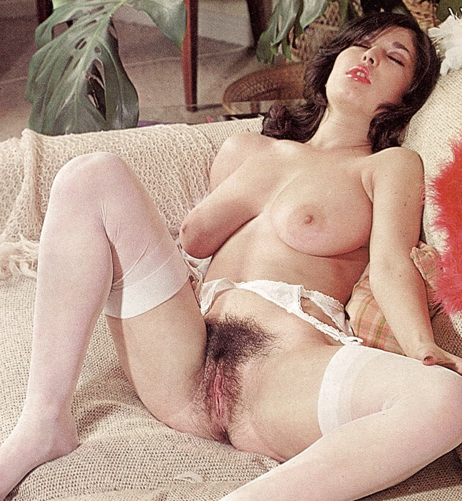 Busty Hairy Vintage Woman