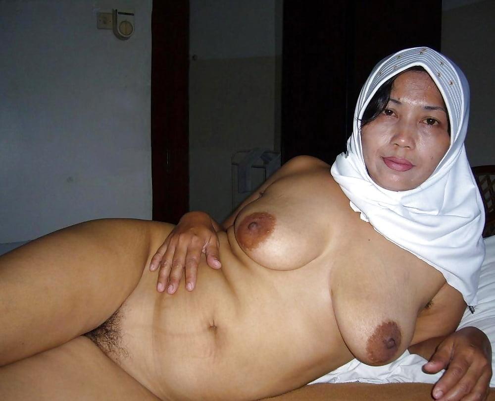 pic-nude-mature-hijab