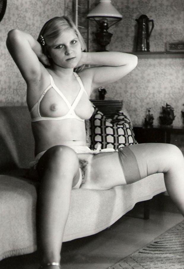 party-vintage-amateur-girl-nudes-massage