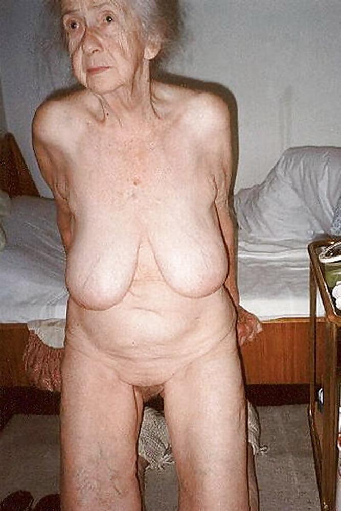 Gardevoir masturbate srilankan old granny nude