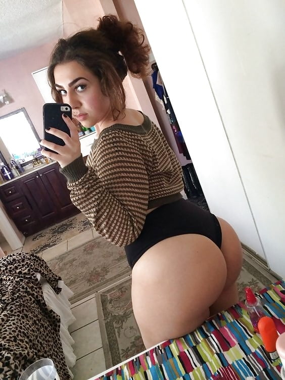 big-white-booty-hoes-fucking-thick-ass-latina-girls