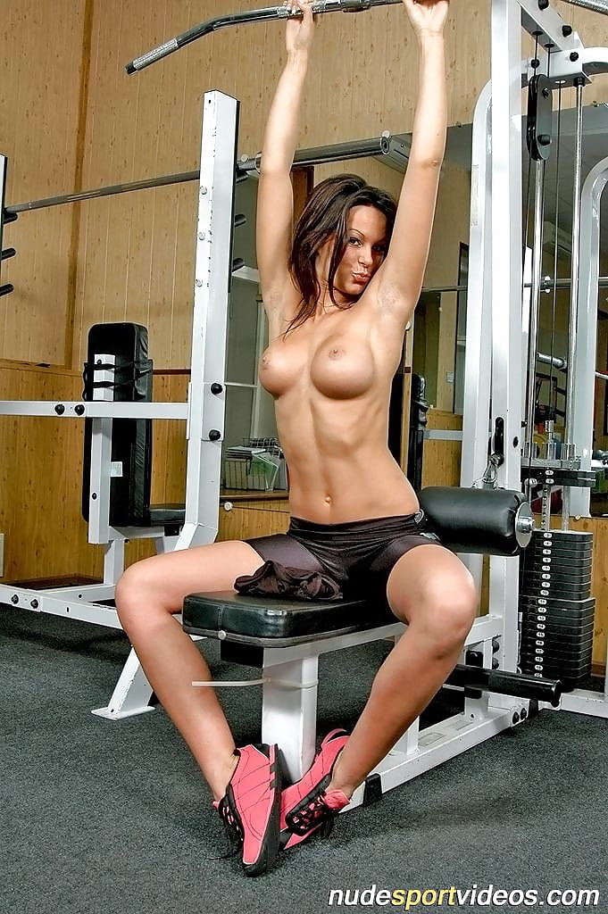 women-sexy-workout-naked-photo-naked