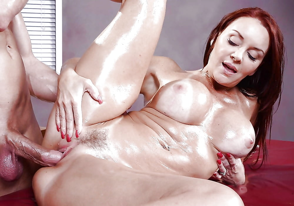 Watch Oiled Milf