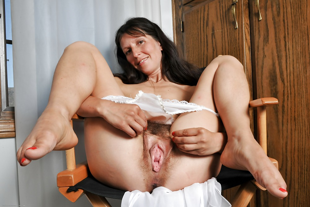 Mature hairy deep throat kinky