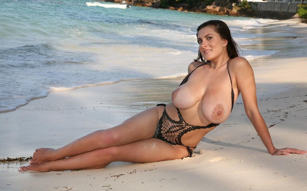 bare-big-tits