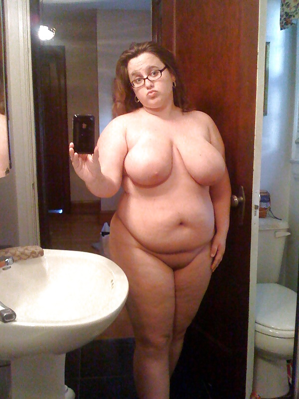 Yuspita sari dewi selfie - 3 5