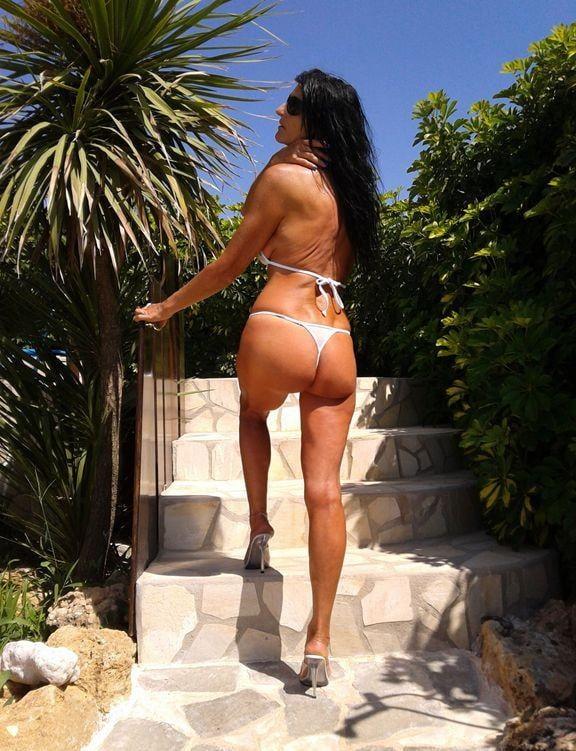 bikini-competitors-naked