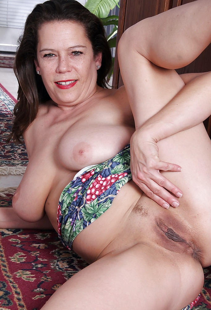 mature-pussy-housewifes