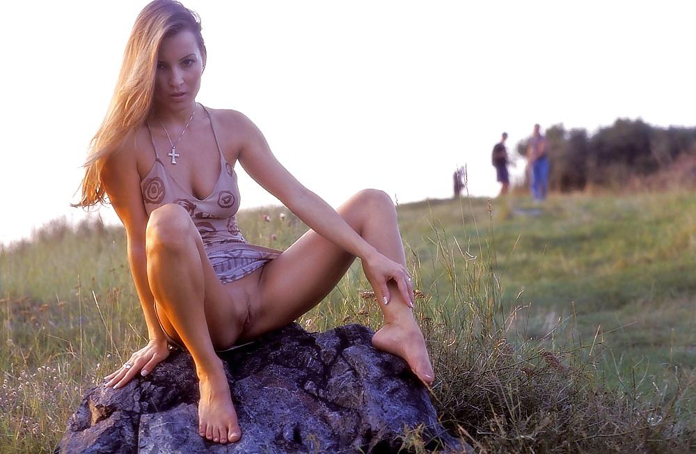 Порно видео в легком платье