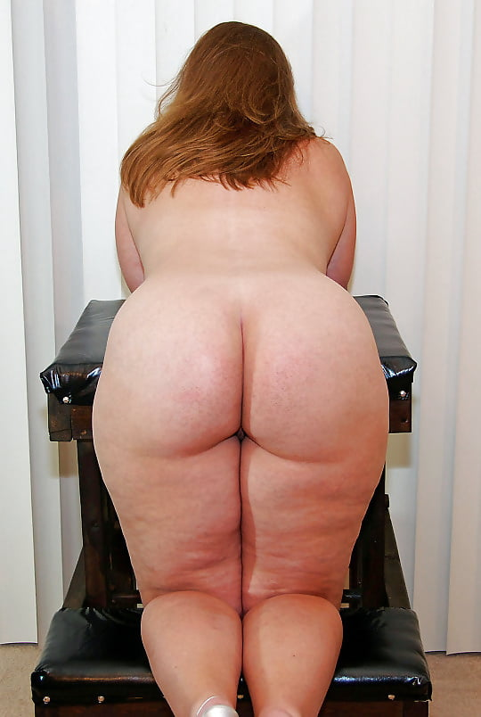 white-women-with-fat-butt-naked