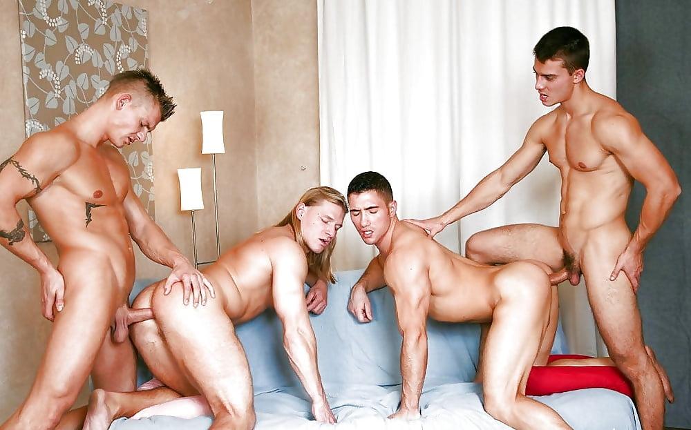 Проститутки услуги геям боровичские проститутки