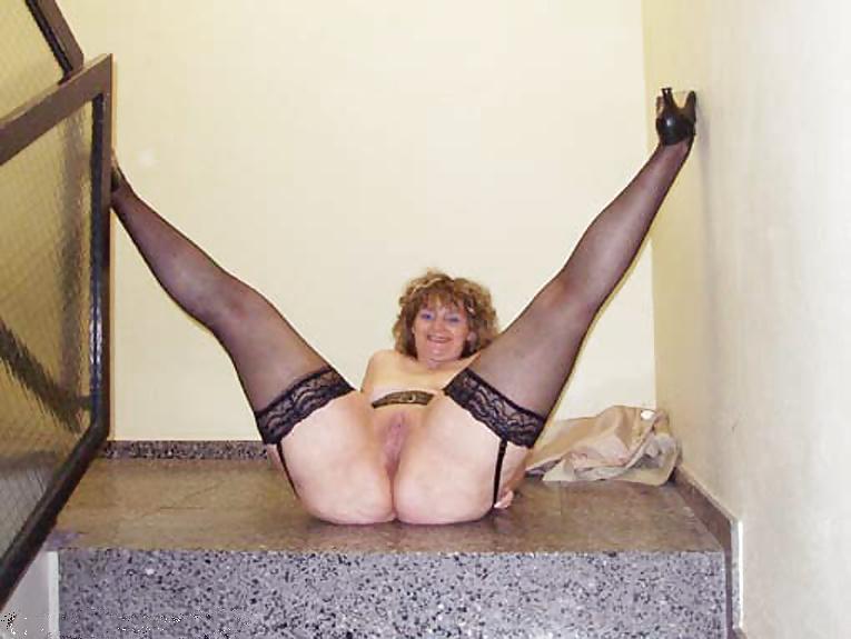 Long milf videos of naked women