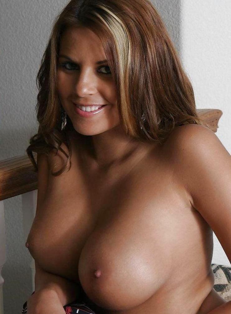Eva larue hot tits women kissing