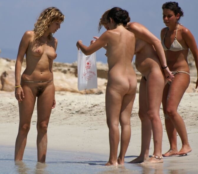 girl-watching-at-nudist-beaches-videos