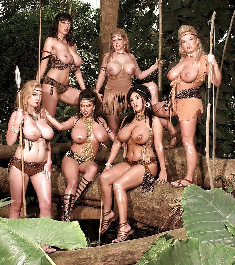film-pro-amazonki-porno-seks-s-gornichnoy-na-stole