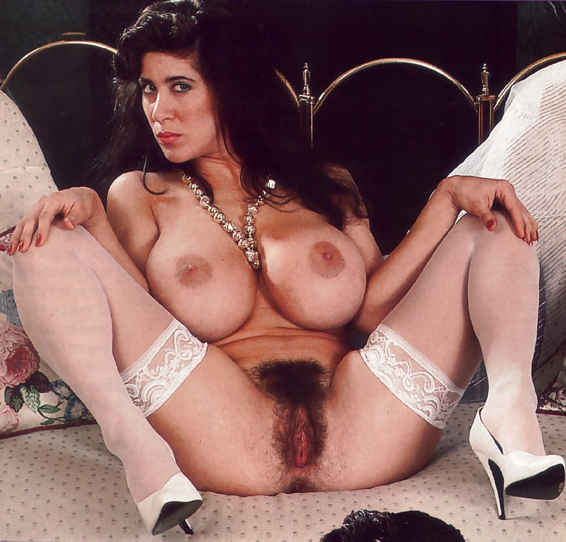 Mature Vintage Big Boobs