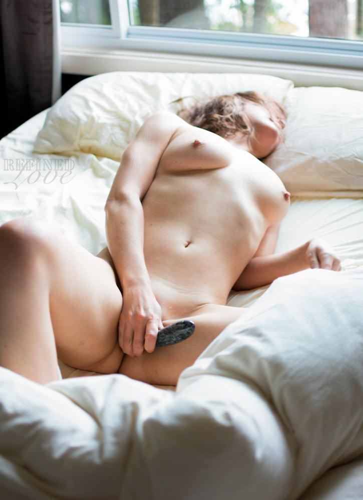 Woman masturbating photos