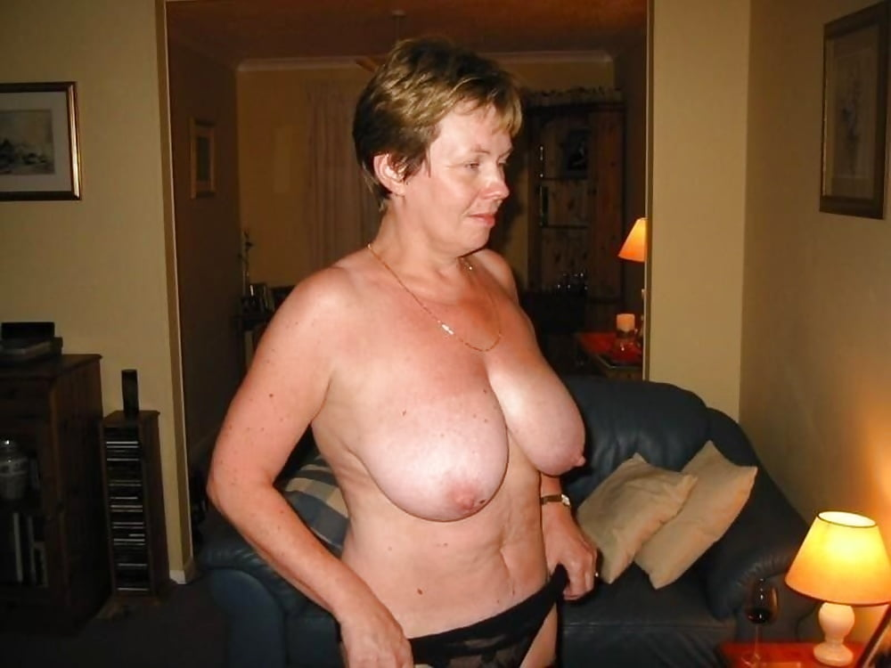 Busty Grannies - Granny, Mature Movie Archive
