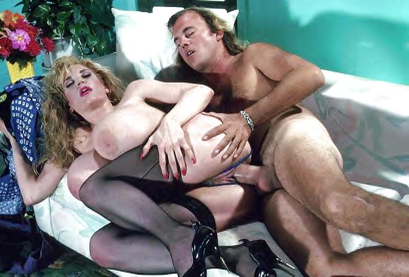 Красное шапочка порно фильм ретро, красивое порно она берет в рот