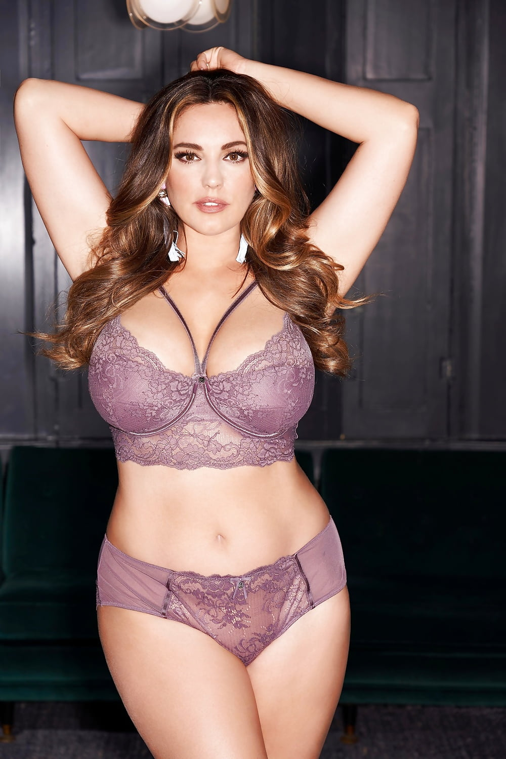 Kelly brook bikini photos