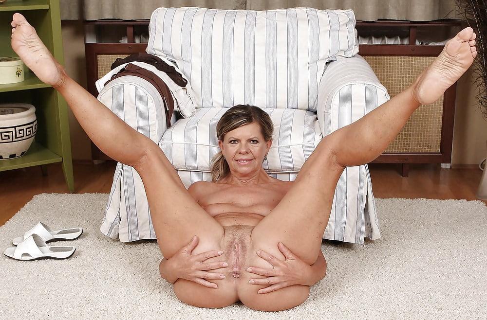 Mature Legs Spread Dildo