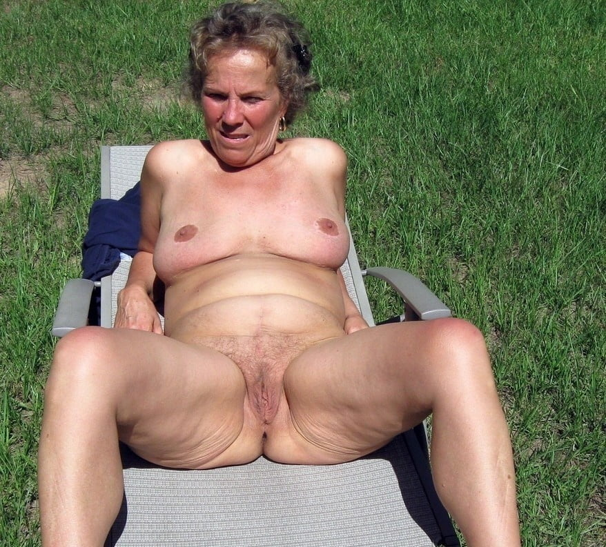 Old lady nude pics