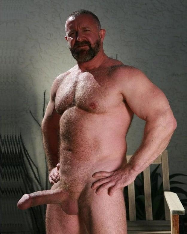 Love mature men pics