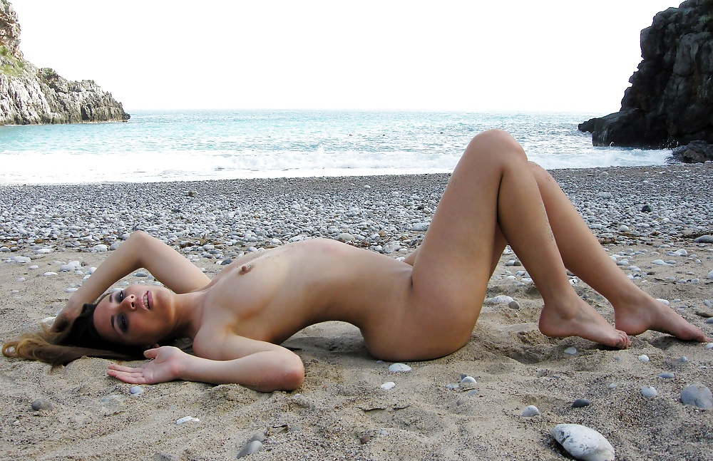 Young girl italian nude, sexy black men self pics