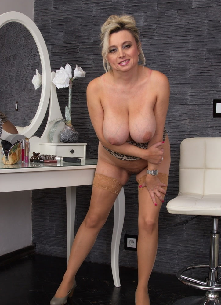 Horny babe ada addams spreads her legs