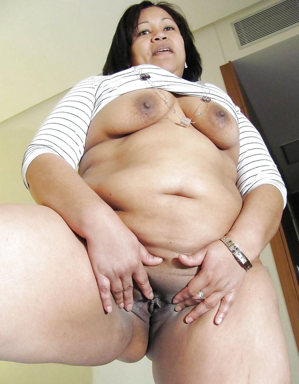 Free asian granny porn galleries
